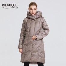 MIEGOFCE 2019 Зимняя куртка женская коллекция теплая куртка с необычным дизайном и расцветками куртка подходит для всех видов тела двоиная защита от холода пуховик средней дины и стоячий воротник с капюшоном