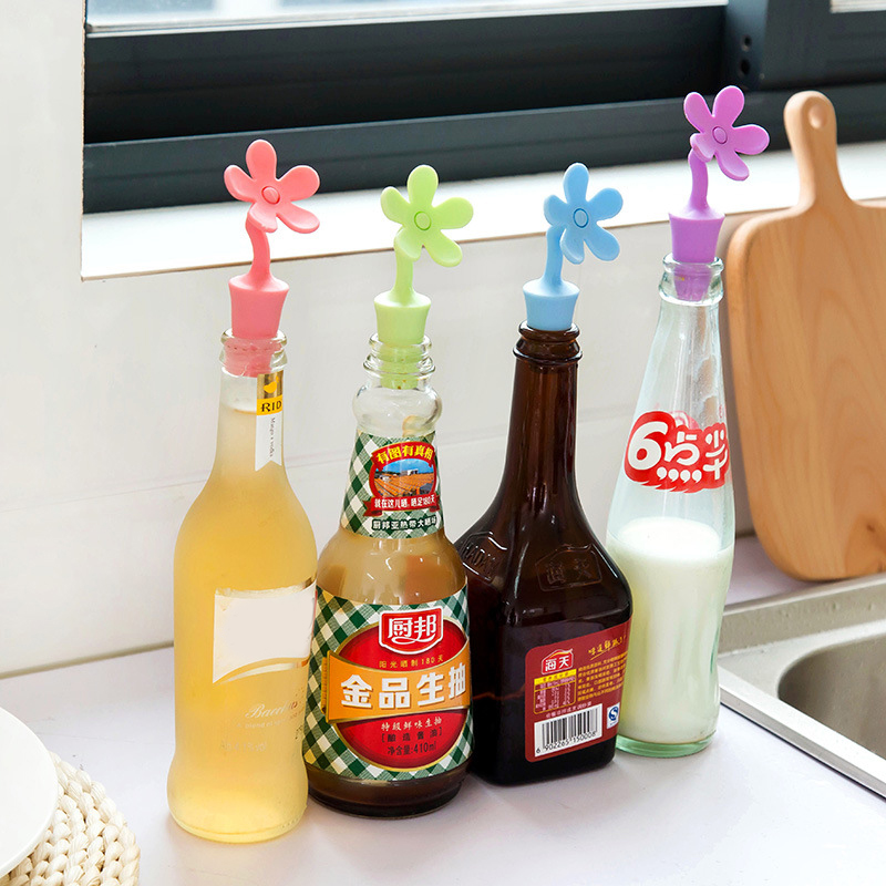 Silicone Cork Stopper Bottle Cap Beverage Bottle Caps Sealers Anti-lost Home Kitchen Gadget Bar Tools Plug Cover Drolpshipping(China)