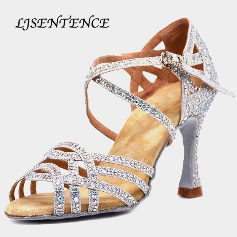 Chaussures argentées pour danse de salon femme Flash tissu Collocation brillance strass chaussures de danse latine femmes 9cm Flare talon carré