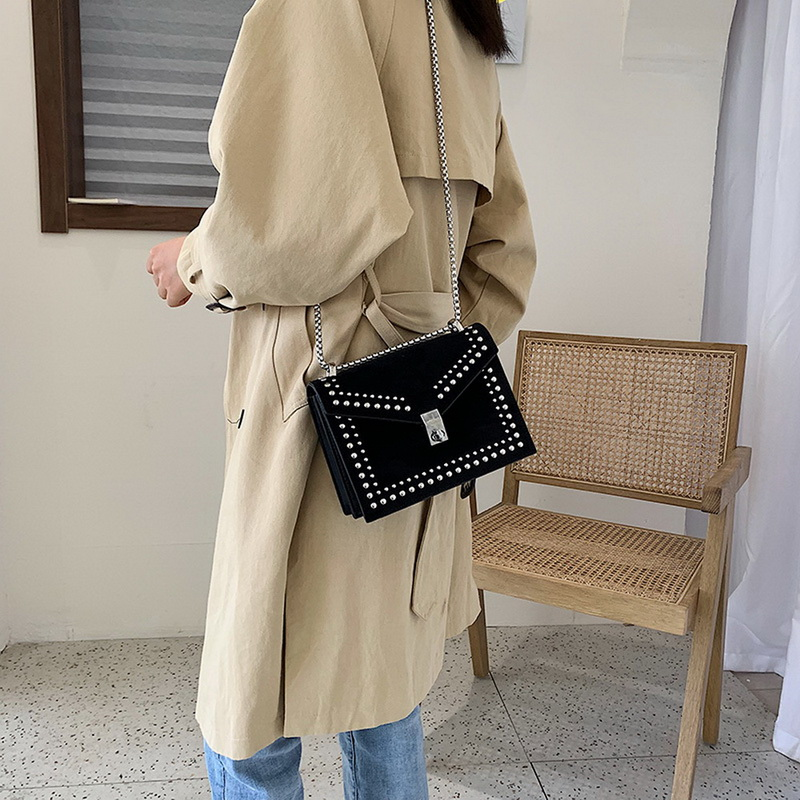 Crossbody-Bags Handbag-Chain Flaps Rivet-Lock Shoulder Travel Small Vintage Leather Female title=