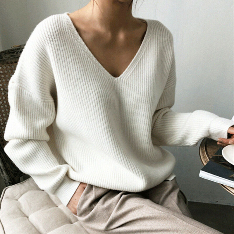 2019 Women's V-Neck Sweater New Casual Pullover Tops Winter Warm Long Sleeve Sweater Solid Color Sexy V-neck Low-cut Sweaters