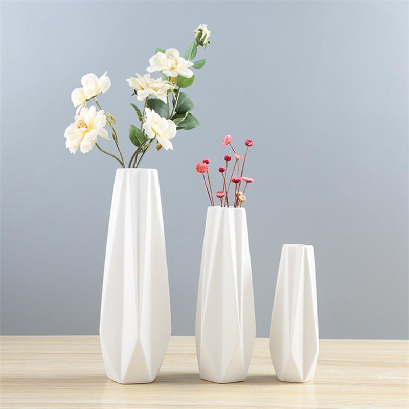 Origami Paper Folding into Pots | LoveToKnow | 800x800