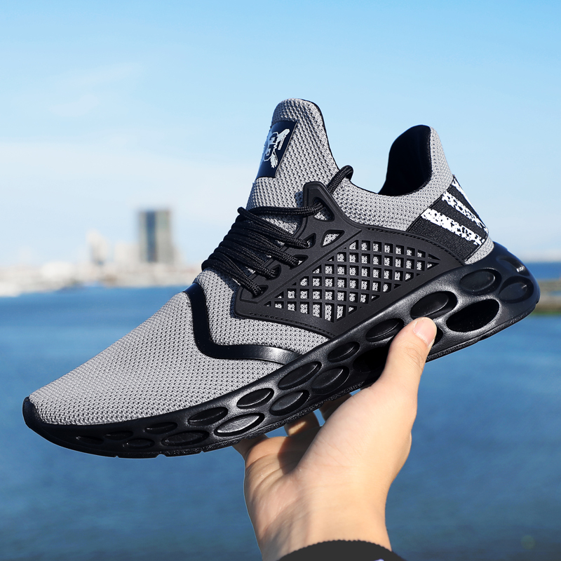 Sneakers men  summer Sports Slip-On Mesh Men's vulcanized shoes Men Shoes Breathable Comfortable Fashion Casual Running Footwea