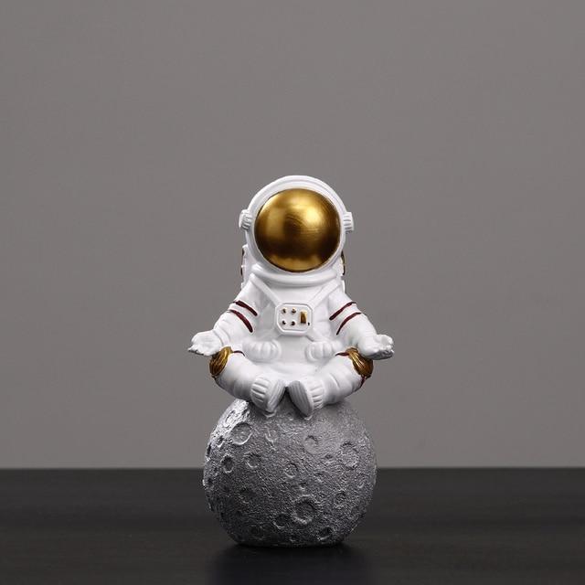 European Astronaut Statue Home Character Sculpture Cosmonaut Hero Office Decor Miniatures Model Creative Figure Figurines Crafts 6