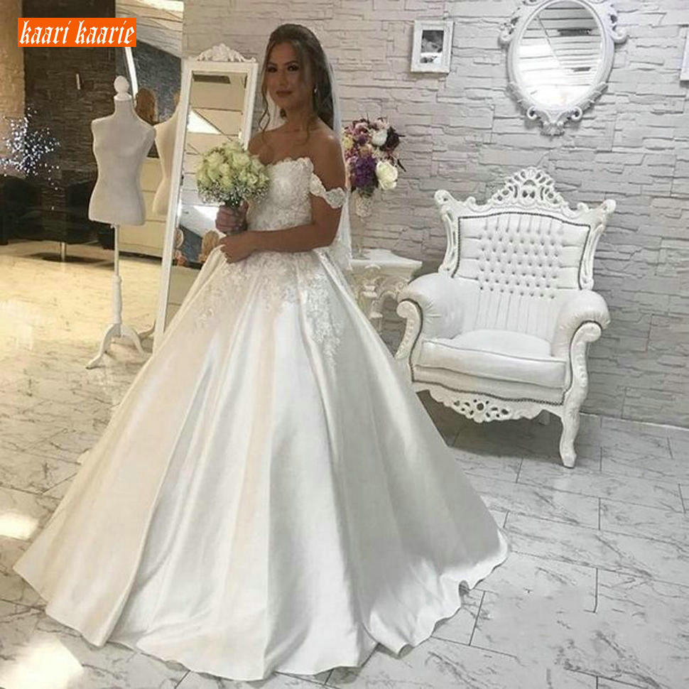 Fashion Off Shoulder White Wedding Dresses Lace Applique Satin A-Line Wedding Gowns Zipper Floor Length Bridal Dress Custom Made
