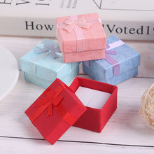 10 adet/takım takı organizatör hediye kolye kutusu küpe yüzük kağıt ambalaj kutusu 4*4cm