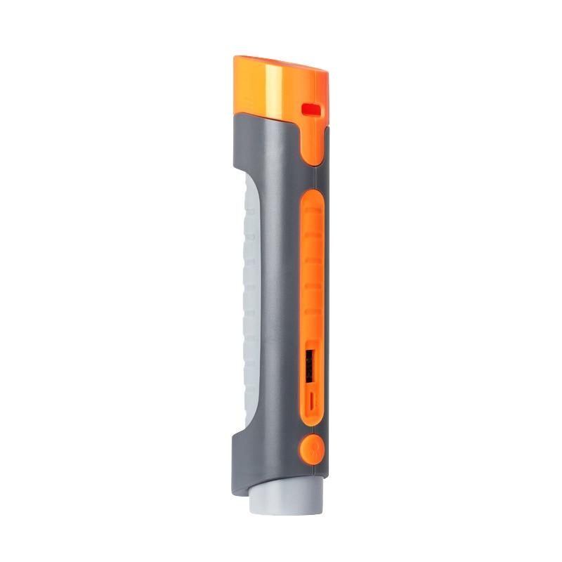 Multifunctional Portable Car Safety Hammer Flashlight USB Mobile Phone Charging Safety Hammer Emergency Whistle