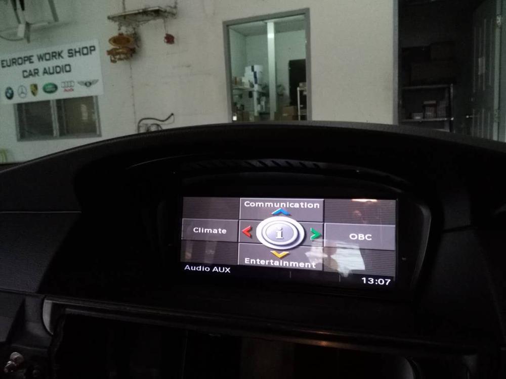 Lecteur multimédia de voiture Chogath 8.8 pouces système android Radio de voiture Navigation GPS pour BMW série 5 E60 (2005-2010) CCC