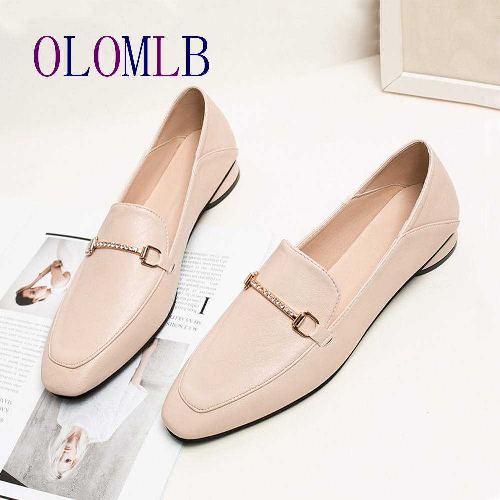 2020 Spring Black Flat Loafers Women Boat Shoes Metal Decoration Casual Flat Shoes Women White Loafers Fashion A175
