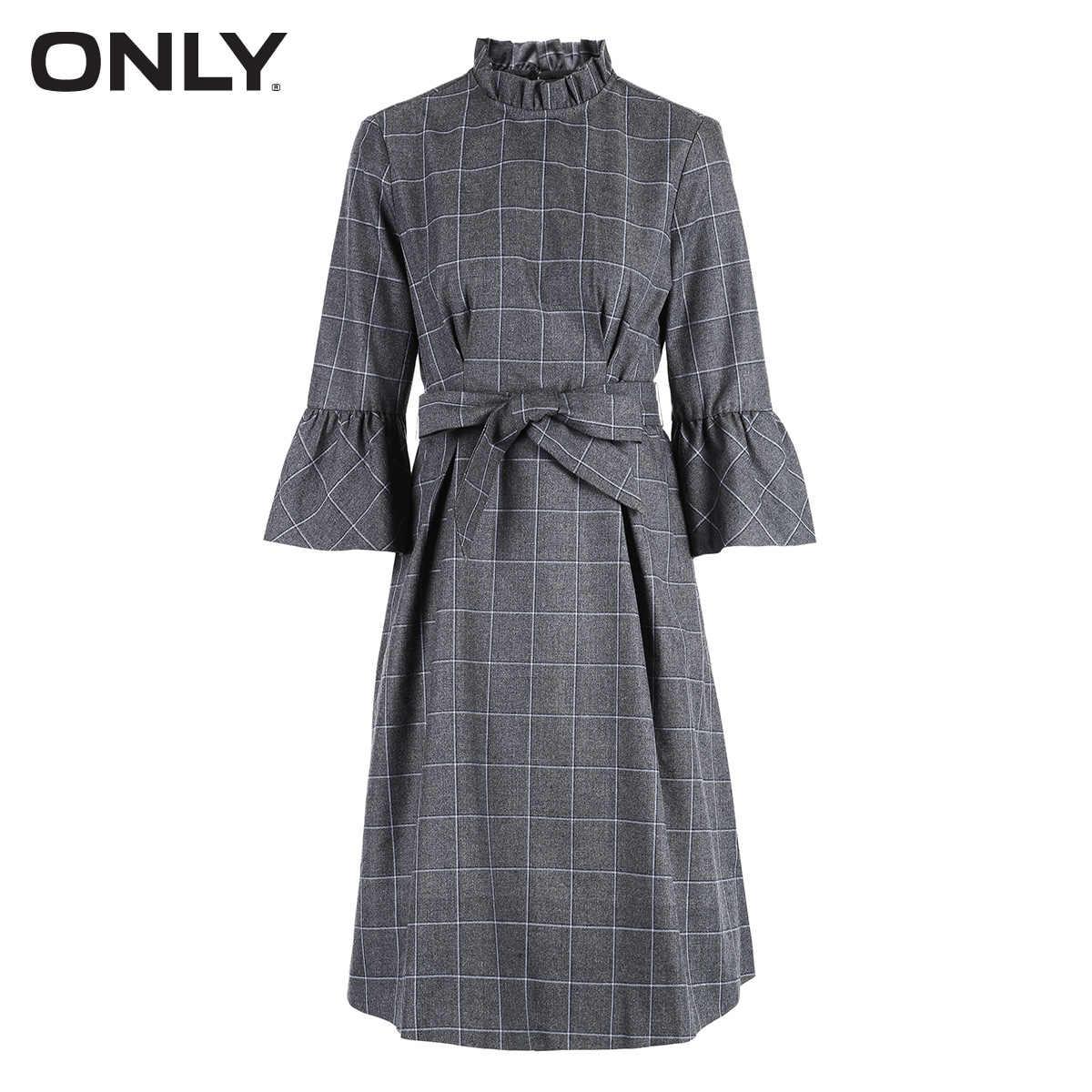 Только осеннее платье с расклешенными рукавами и поясом   118407510