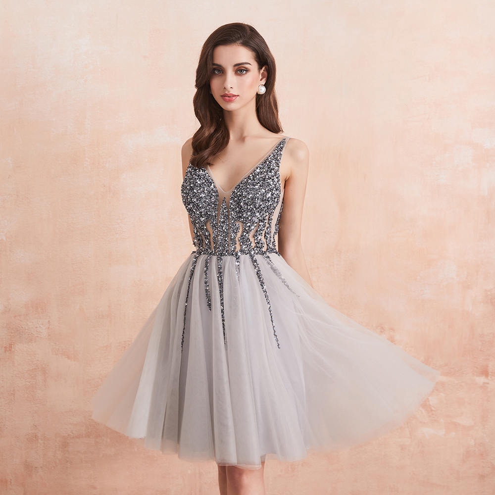 Sparkle Crystal Beaded Short Cocktail Dresses Gray Homecoming Dress Double V-Neck Sexy Shiny Mini Prom Gown Robe De Cocktail