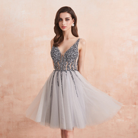 Sparkle Crystal Beaded Short Cocktail Dresses Gray Homecoming Dress Double V Neck Sexy Shiny Mini Prom Gown robe de cocktail