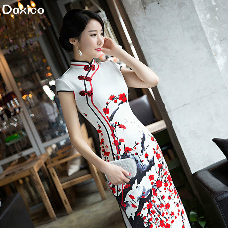 2020 Women Autumn Long Chinese Traditional Dress Lady Vintage Cheongsam Dress Female Party Qipao Clothing Wedding Dress
