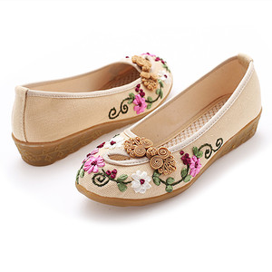 Image 3 - Classic cloth shoes casual shoes retro disc buckle handmade embroidered shoes tendon soles womens shoes