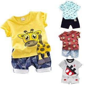 Летний комплект для маленьких мальчиков с мультяшным принтом, модная футболка и шорты с жирафом для малышей, детская повседневная одежда с ...