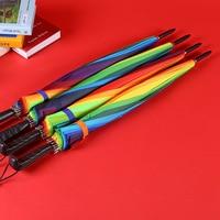 Hersteller Großhandel 16K Kreative Gerade Pol Regenbogen Regenschirm Kreative Lange Pinsel Halter Automatische Regenschirm Werbung Um auf