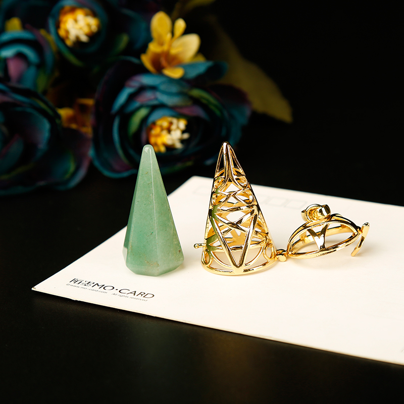 1PC golden Stylish natural stones and crystal minerals pendulum metal cone pyramid pendulum home decoration aura jewelry(China)