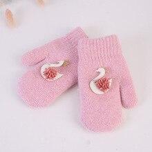Одежда для маленьких девочек платные теплные платья Полный палец Зимние теплые вязаные варежки, украшенное лебедем для детей ясельного возраста перчатки детские защитные перчатки