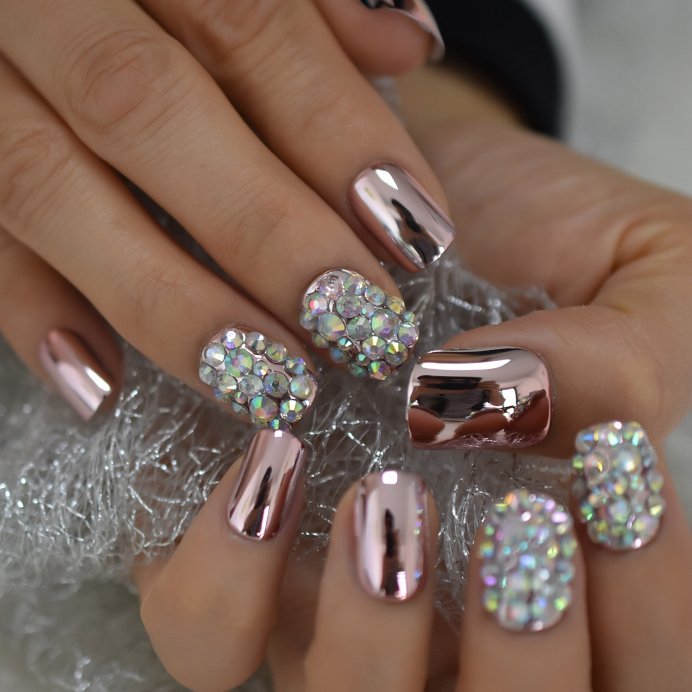 Pink Metallic Sexy False Acrylic Nail Art Tips Light Pink AB Rhinestones Decorative Mirror Shiny Short Artificial Nails