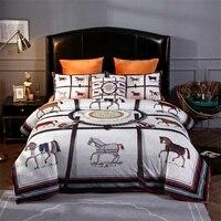 Luxury European Classic War Horse Printing Winter Thick Fleece Fabric Bedding set Flannel Velvet Duvet cover Bed sheet Pillow