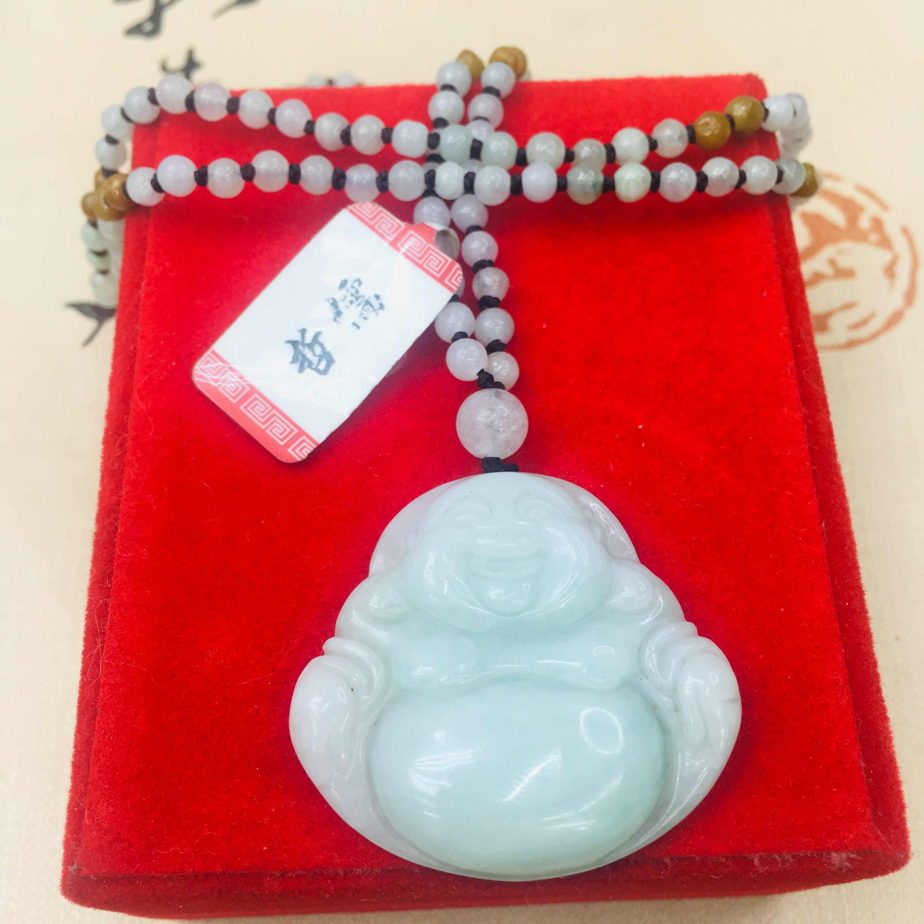 ธรรมชาติพม่าหยกมรกตแกะสลักพระพุทธรูปจี้ Handmade Handmade หยก Tri-สีลูกปัดสร้อยคอผู้หญิงโซ่เสื้อกันหนาว