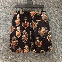2020 Summer Runways Men's brand new high quality beach shorts Chic etro print Quick dry casual shorts B951