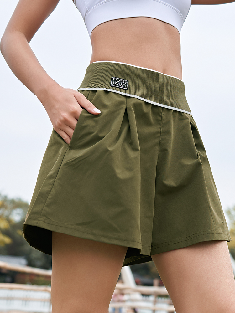 running - Really strange sports shorts female ins tide loose wearing anti-light-out fitness yoga shorts spring running casual shorts
