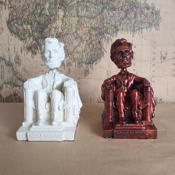 Figuras en miniatura de juguete para regalar coleccionable con el ex presidente...