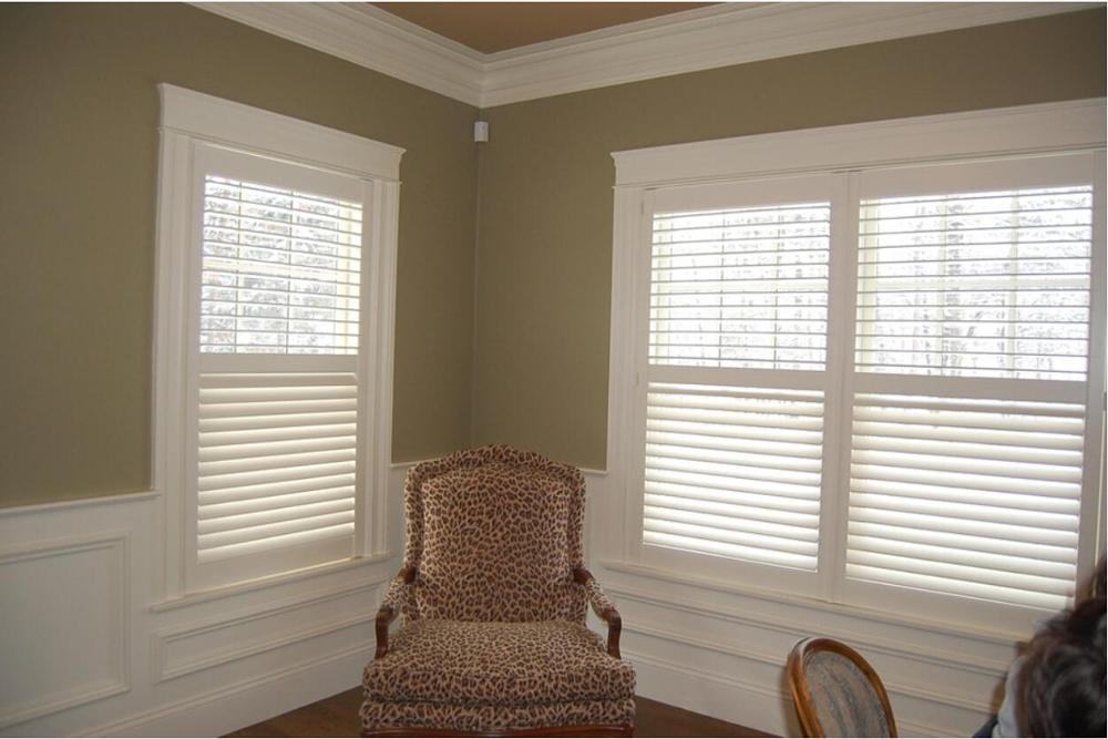 Custom Basswood Plantation Shutters Wooden Blinds Solid Wood Shutter Louvers PS259