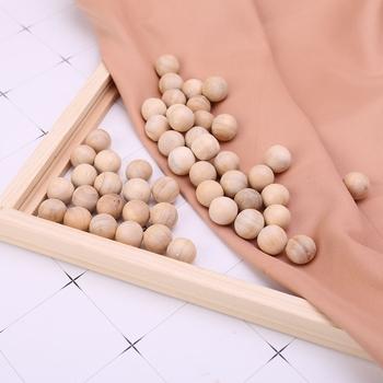 50 szt Naturalne kulki na mole z drewna cedrowego kamfora odstraszająca szufladę na ubrania tanie i dobre opinie Kamfory Drewna K1MF5AC701026 app 1 8cm 0 71in 50 Pcs