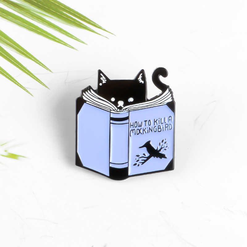 Membaca Buku Cat Enamel Pin Cara Membunuh Mocking Bird Lencana Kreatif Yang Menyenangkan Hewan Bros Ransel Pakaian Pin Dekorasi perhiasan