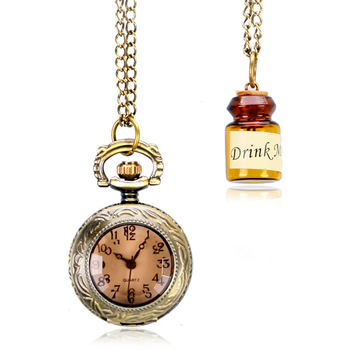 Vintage Glass Alice In Wonderland with Cute Drink Me Bottle Dark Brown Quartz Pocket Watch Gift for Pocket Watch With Necklace alice in wonderland necklace fashion bronze chain women rabbit drink me tag quartz pocket watch retro vintage cute gift