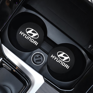 Image 1 - 2Pcs PU Leder Auto Wasser Slot Non Slip Tasse Matte Für Hyundai I10 I20 I30 I40 IX20 IX35 kona Getz Veloster Tucson Elantra Azera