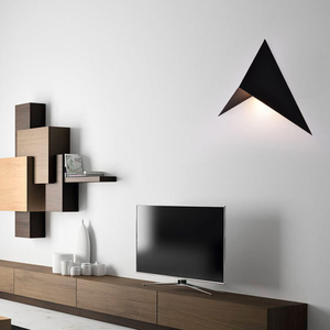 Image 3 - LED nowoczesny minimalistyczny trójkąt żelaza sztuki kształt kinkiety styl skandynawski kryty kinkiety oświetlenie do salonu 5W / 3W AC85 265V