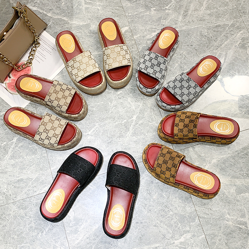 2020 Summer High-quality Canvas Surface Women Slippers Thick Bottom Word Drag Women's Shoes Sandals High Heels Casual Women's Sh