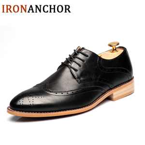Image 2 - 2020 Men leather shoes casual genuine leather fashion high quality luxury designer Men Brogue Shoes