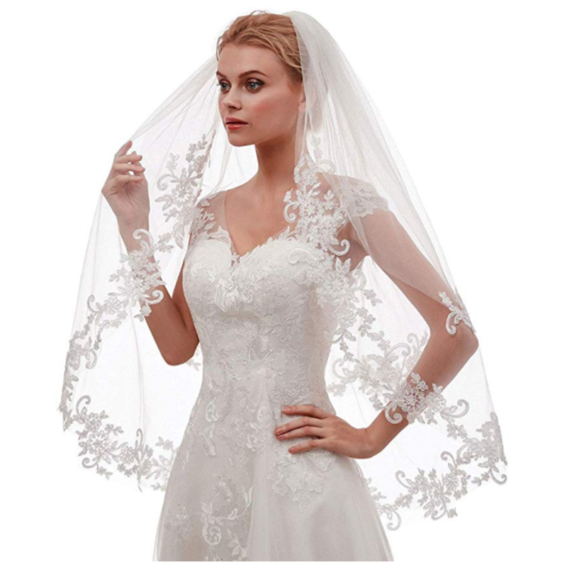 Beautiful Lace Side Inlaid Flowers Wedding Bride Veil A Layer Of White Gauze Soft Net Insert Comb Tiara Bridal Shawl Short Veil