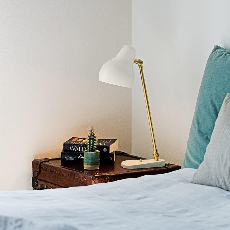 Скандинавский современный стол в стиле минимализм огни для спальни рядом с лампой белый/черный настольная лампа E27 для чтения - 2
