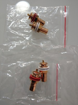 CMC 816u Oxygen-free Copper Plated 24K Gold RCA Socket CMC816