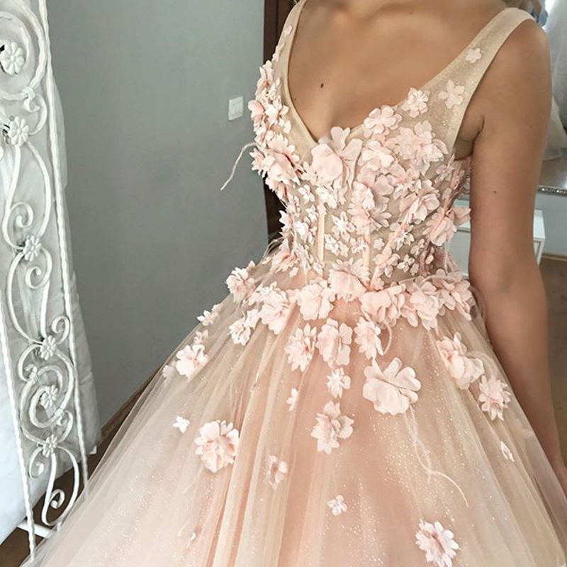 Long Puffy   Evening     Dress   2019 V-Neck Sleeveless 3D Flowers Lace Arabic Dubai Ladies Pink Tulle Formal Party Gowns