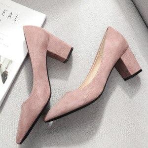 Image 5 - 2020 sapatos para mulher deslizamento ons praça de salto alto escritório senhora rebanho apontou dedo do pé sexy casamento salto alto sólida mulher bombas