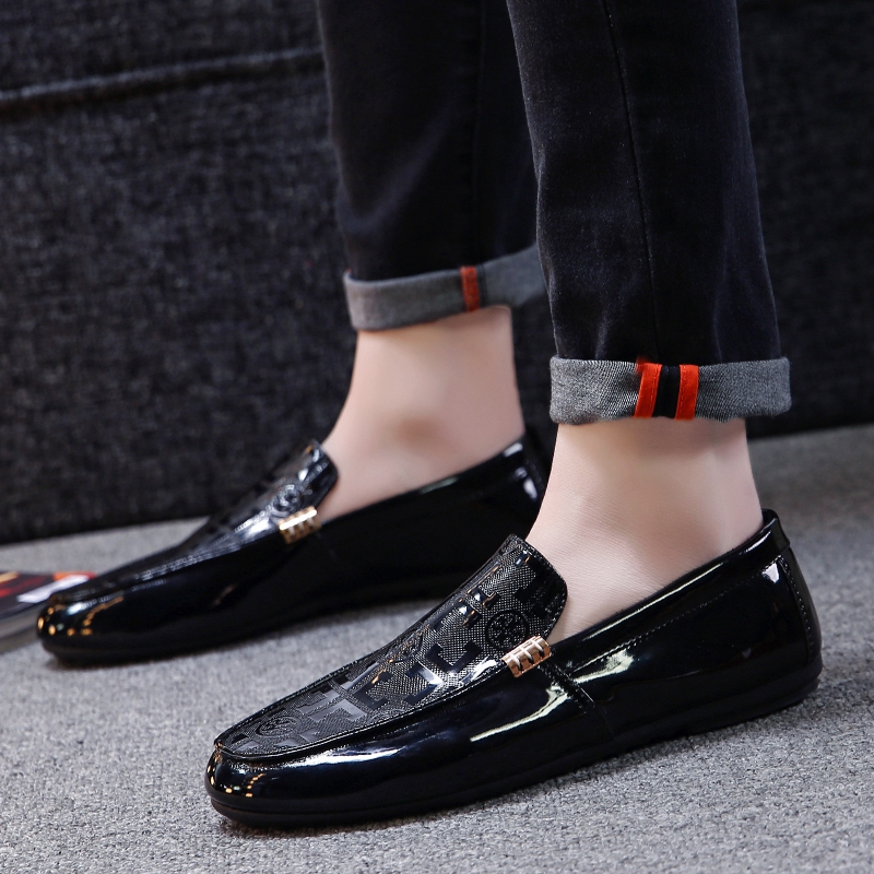 Men Shoes Loafers Casual Slip-on Male Driving Moccasins Breathable Comfy Outdoor Walking Flats Non-slip Leisure Classic Tide