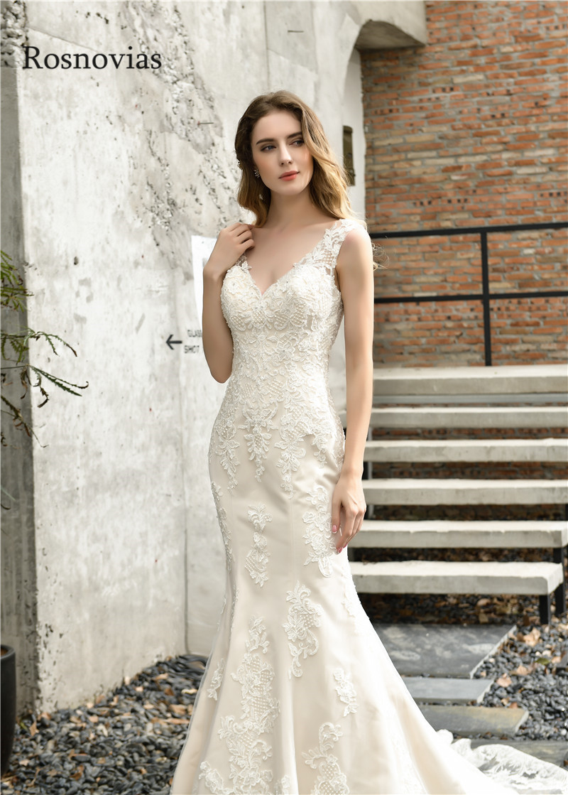 Long Mermaid Wedding Dresses 2020 V Neck Backless Lace Appliques Beaded Modest Garden Bridal Gowns Vestido De Noiva