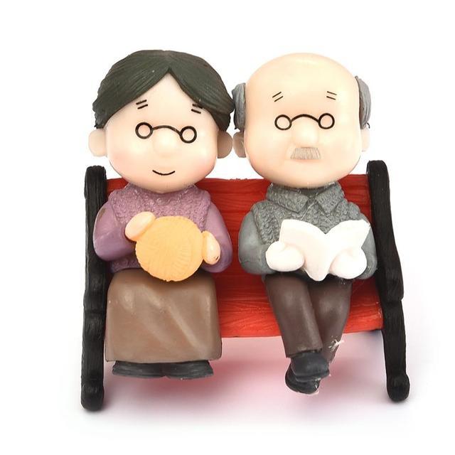 3 pièce/ensemble Kawaii chiffres chaise livre grand-mère grand-père vieux Couple bricolage Mini fée jardin ornement poupée Couple cadeau Figurines Miniature