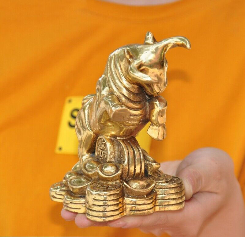 animal zodíaco boi boi gado estátua dia das bruxas