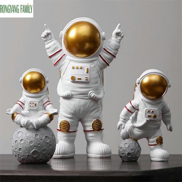 European Astronaut Statue Home Character Sculpture Cosmonaut Hero Office Decor Miniatures Model Creative Figure Figurines Crafts 1