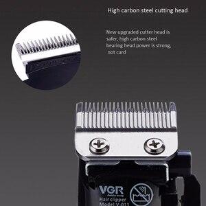 Image 4 - Vgr V 011 máquina de cortar cabelo elétrico carregamento barbeador aparador cabelo máquina corte plugue da ue
