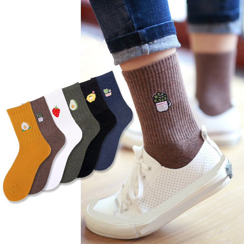 2020 Women Embroidery Fruit Print Socks Girl Cotton Autumn Winter Spring Vintage Streetwear Short Socks Sox