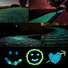 100 sztuk ogród fish tank świecące kolorowe kamyki mieszane kolor świecące kamyki chodnik kamyki ścieżka ogrodowa trawnik świecące kamyki tanie tanio YP79161 Żywica luminous stones Garden Decor Glowing Stones about 2 3cm