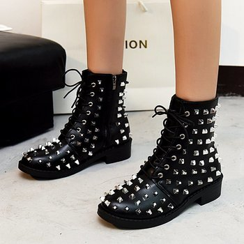 prova perfetto punk style women ankle boots special two kinds of wear rivet studded martin boots lace up genuine leather botas Winter Punk Rivet Boots Women Round Head Toe Leather Booties Studded Thick Low Heels Chelsea Ankle Plush Botas De Mujer